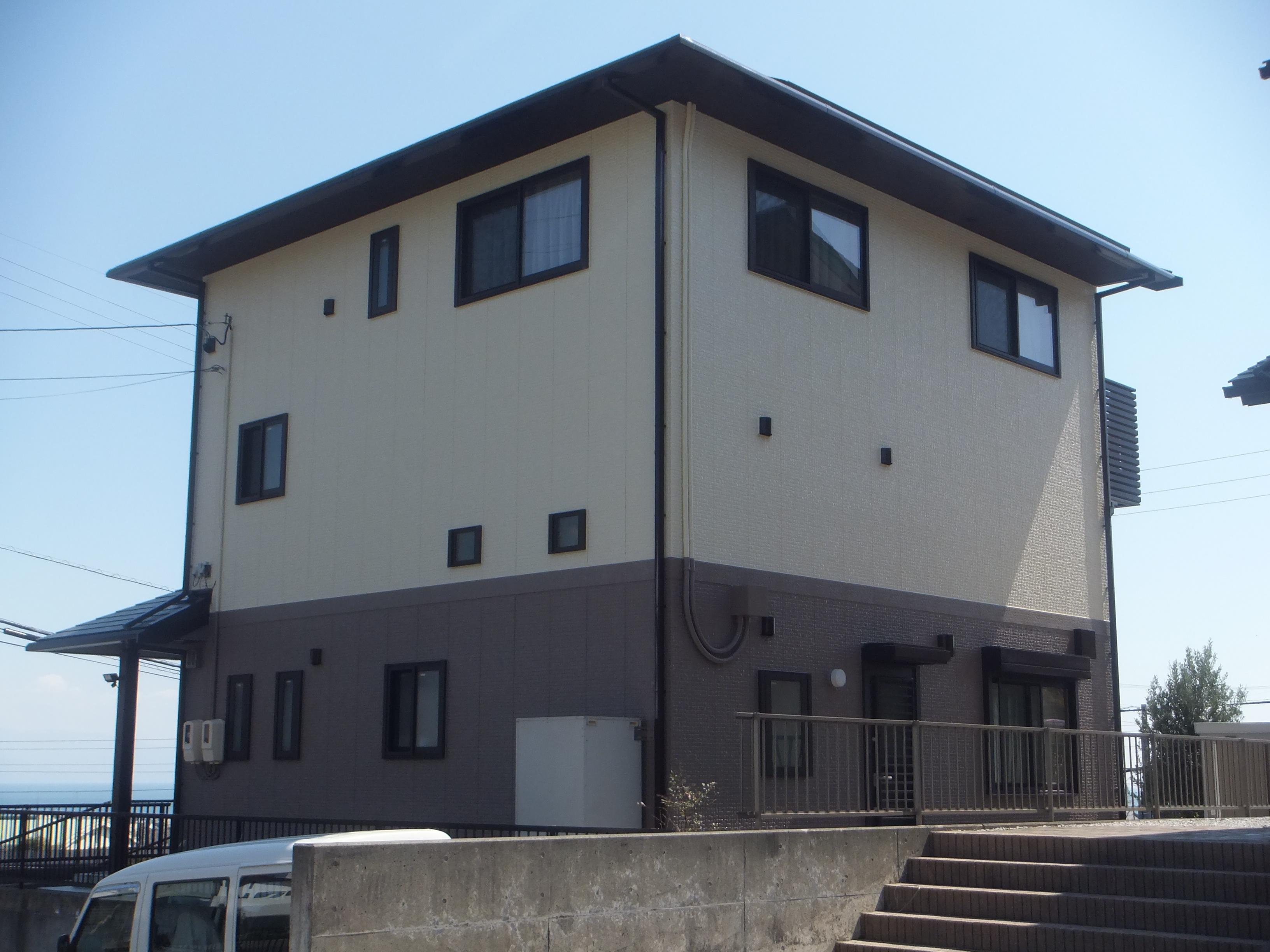静岡市清水区 外壁屋根4回塗り 長持ちコーキング ツートン仕様 ...